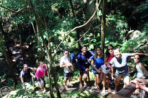 Trilha para Cachoeira Serra Azul